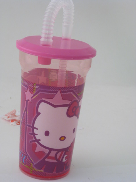 Hello Kitty Straw Bottle